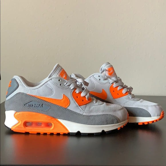 check out a70d7 8cfe1 2018 Nike Air Max 90 Essential Pure Platinum